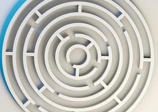 labyrinth-1872669__340
